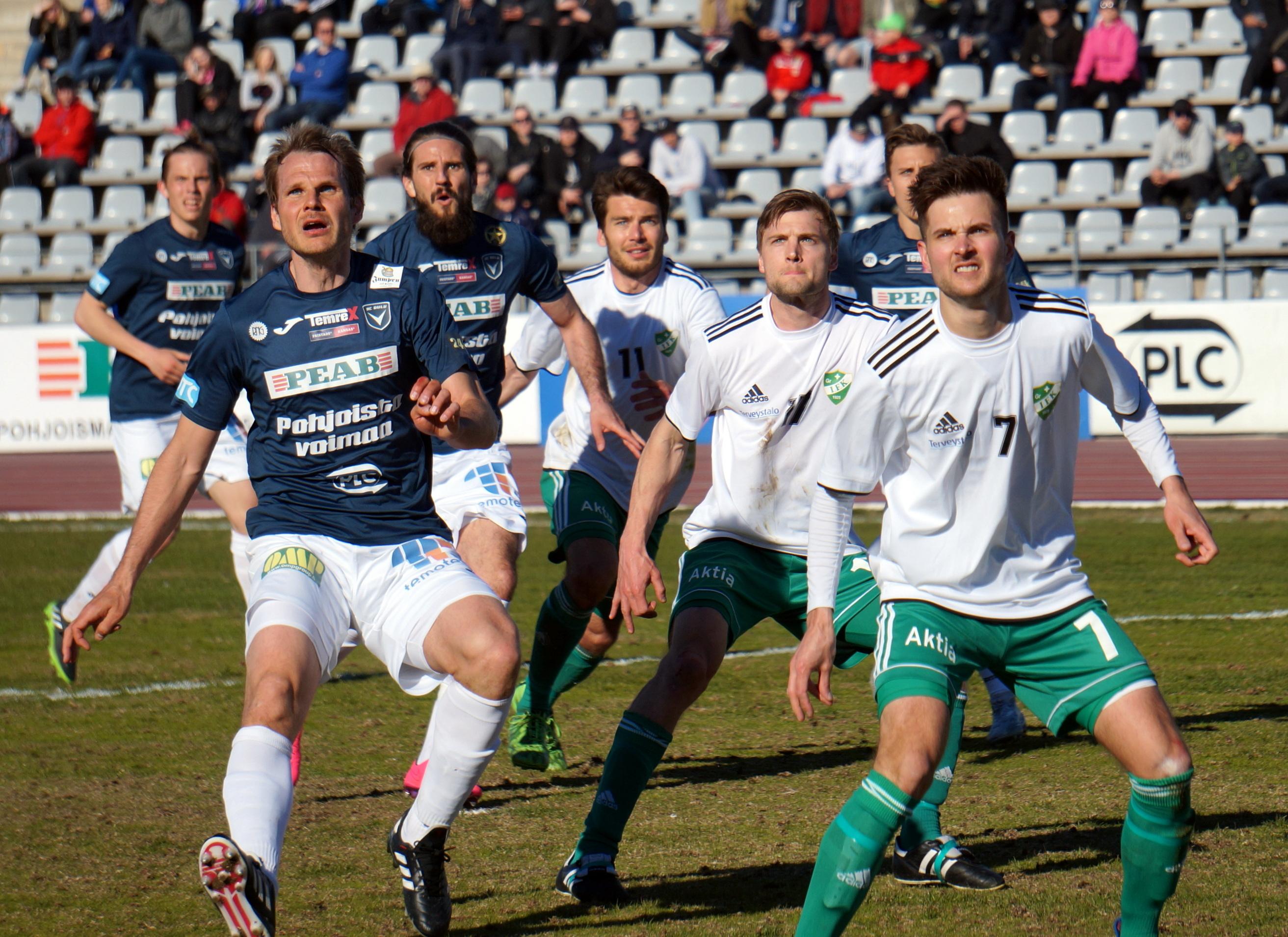 AC Oulu ja GrIFK tasasivat pisteet Raatissa. (Kuva: Elias Mustonen)